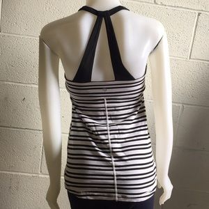 lululemon athletica Tops - Lululemon black and white tank, sz 6, 58880